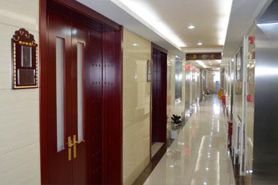 名医堂走廊